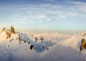 Photo Drone : Lever de soleil sur la Pierra Menta, Massif du Beaufortain